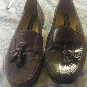 Mezlan mens loafers 10m. W/ tassels
